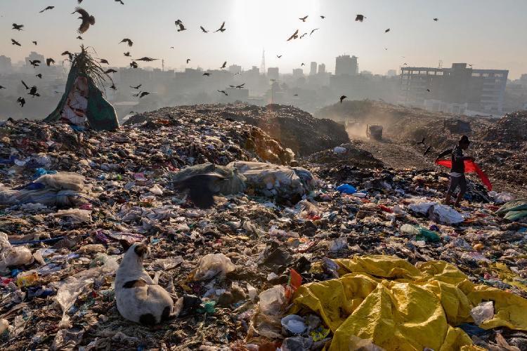 Plastic-Waste-Crisis-Coming